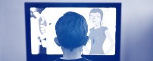 Kind vor dem TV