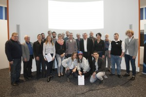 Dr. Bauer, der Förderausschuss 2015, Knut Engler-Leblanc, Rolf Vogl u. die geförderten Projektträger